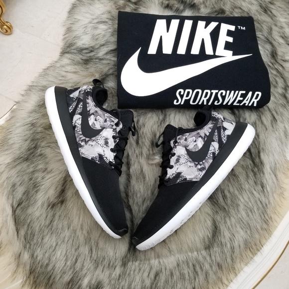 custom nike shoes womens